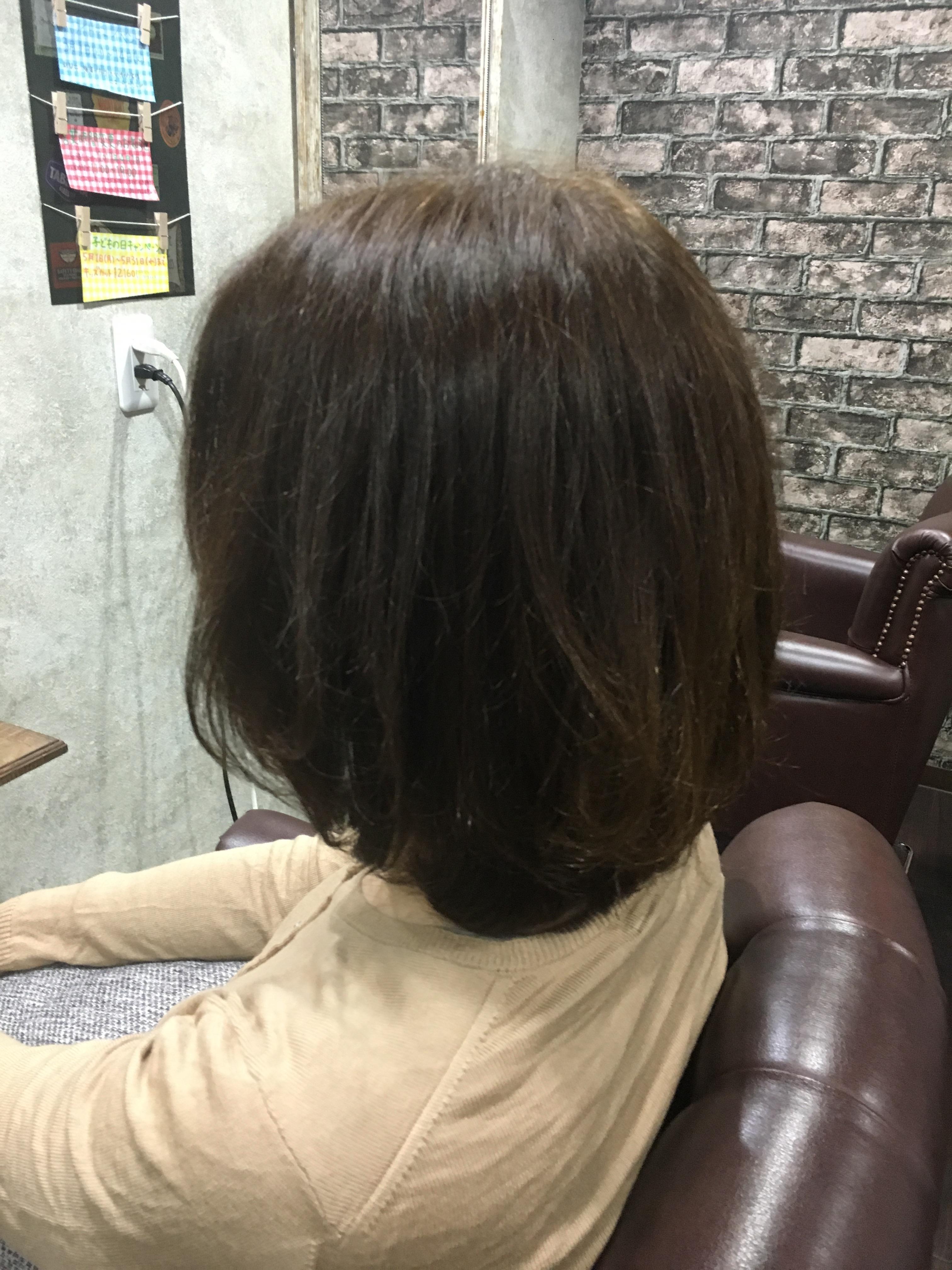 パサつく髪をカットでまとまりのある可愛いスタイルに!
